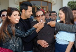Dharmendra celebrates 79 birthday with Punjabi Film Stars