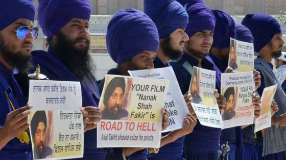 """Punjab Government Banned Controversial Movie """"Nanak Shah Fakir"""""""